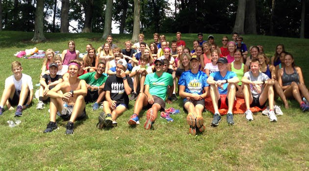 Chris Miller Visits With Cross Country Team